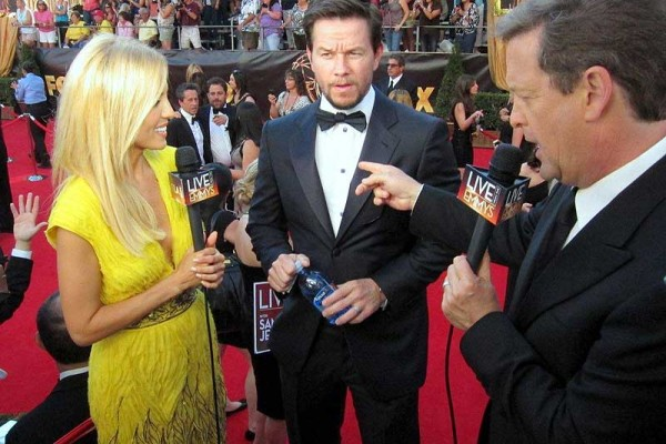 Emmys Red-carpet - Jessica Holmes - KTLA TV Anchor & TV Host with Sam Rubin and Mark Wahlberg