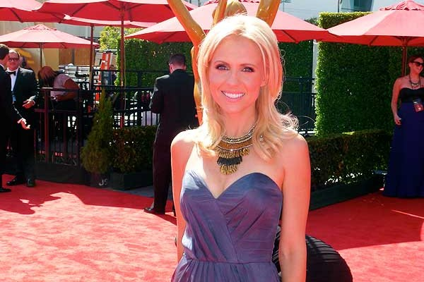 Emmys Red-carpet - Jessica Holmes - KTLA TV Anchor & TV Host\